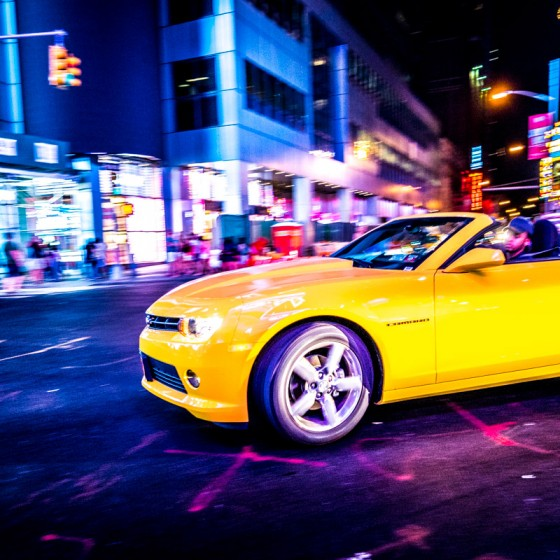 New York chevrolet camaro jaune